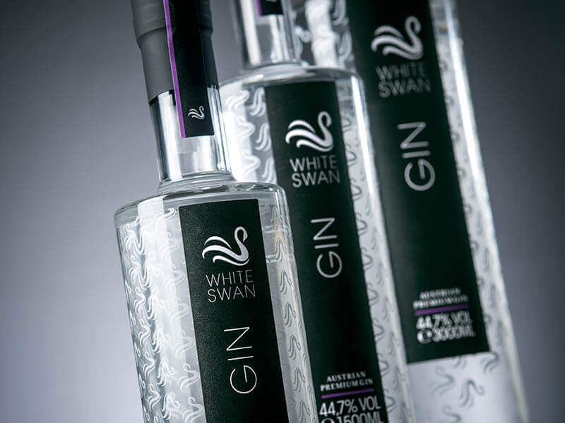 PETER AFFENZELLER Packaging Design White Swan