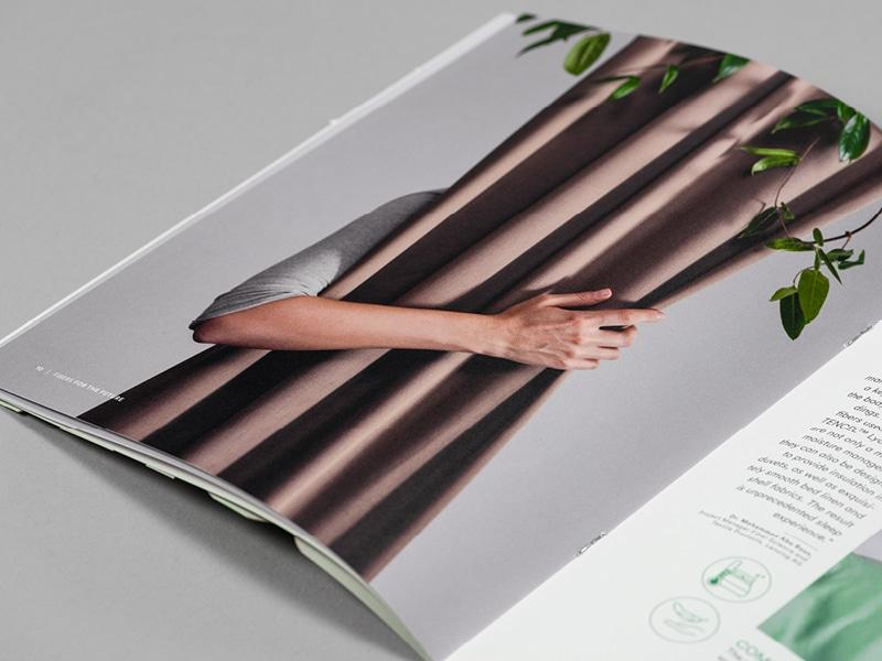 """Einen Vorhang aus der Faser TENCEL X REFIBRA im Katalog """"fibers for the future"""""""